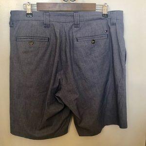 Tommy Hilfiger golf men's flat front shorts 34